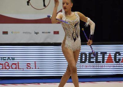 gimnasta en torneo viravolta jael