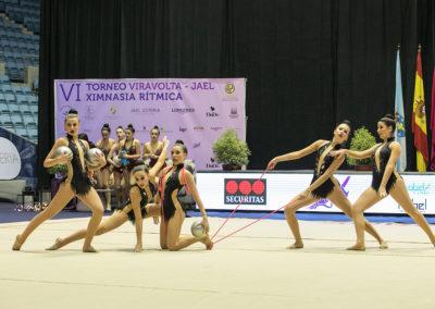 grupo femenino gimnasia ritmica en torneo viravolta jael